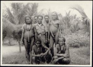 Dutch New Guinea Group of Native Papua Males, Koteka (1940s) RP