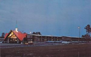 Night View of Howard Johnson's Motor Lodge, Florence, South Carolina, 40-60´s