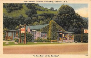 NC, North Carolina  CHEROKEE CHIEFTAN CRAFT SHOP Roadside c1940's Linen Postcard