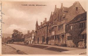BROADWAY WORCESTERSHIRE ENGLAND~TUDOR HOUSE~S E FOSS CHEMISTPOST PHOTO POSTCARD