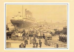 Vintage Reproduction Postcard, Aquitania Loading American Mail Post in 1919 72R