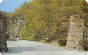 New York Main Entrance Watkins Glen State Park