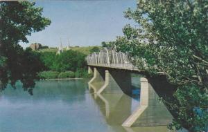 Finlay Bridge over the South Saskatchewan River in Medicine Hat,  Alberta,  C...
