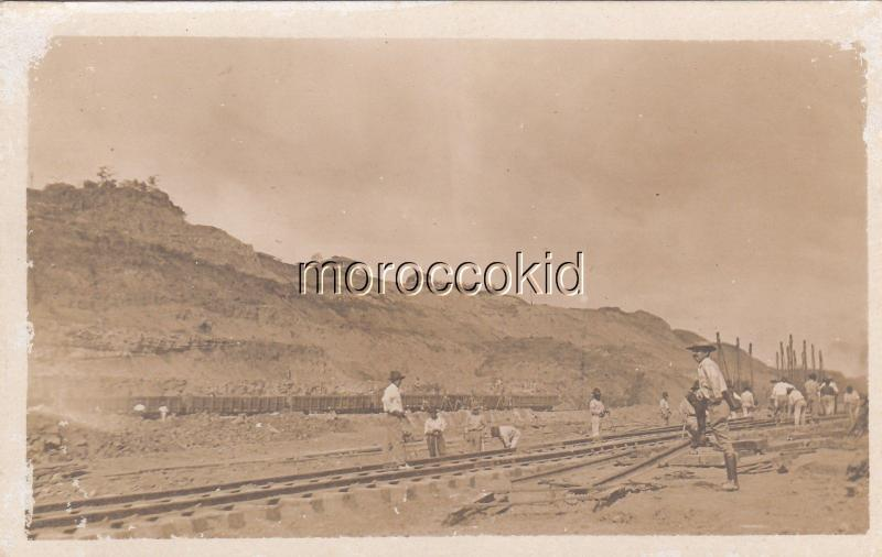 MYSTERY, NEW 1907-18 RPPC POSTCARD DETAILED RAILROAD TRACK LAYING SCENE PANAMA ?