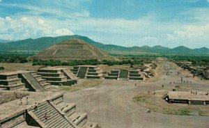 Plaza of the Moon,San Juan Teotihuacan,Mexico