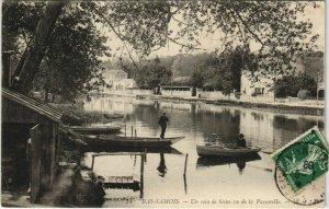 CPA Samois Un coin de Seine FRANCE (1101223)