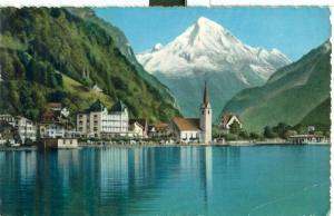 Switzerland, Fluelen am Vierwaldstattersee mit Bristenstock