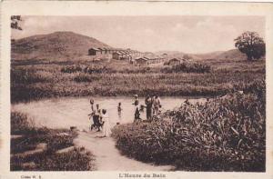 Belgian Congo L'Heure du Bain