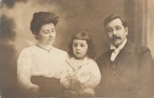 Swiss studio Geneva E. Hofmann early family portrait social history