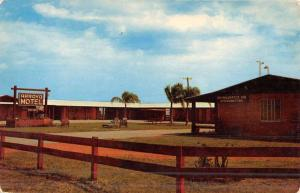 Harlingen Texas Arroyo Motel Street View Vintage Postcard K46822