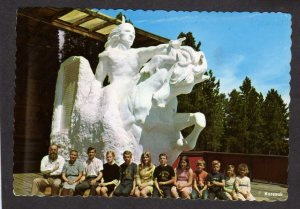 SD Crazy Horse Family Sculptor Korczak Ruth Ziolkowski South Dakota Postcard