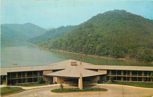 Buckhorn Kentucky~Buckhorn Lake State Park~Beach and Bath House 1950s Postcard