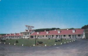 Crinoline Courts Motel, US Route 220, Bedford, Pennslyvania 1940-60s