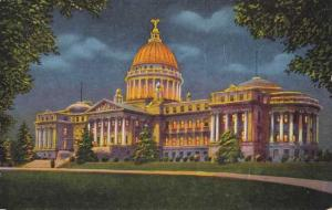 State Capitol at Jackson MS, Mississippi - Linen