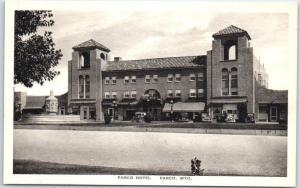 Parco, Wyoming Postcard PARCO HOTEL Building Street View Albertype c1930s Unused