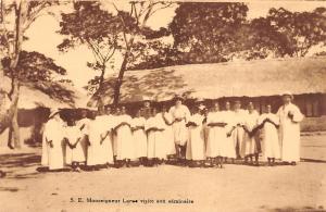DR Congo Belge, S.E. Monseigneur visite son seminaire