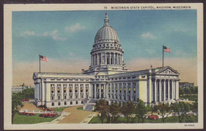 State Capitol,Madison,WI Postcard