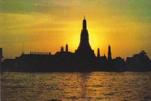 Thailand Wat Arun Temple Of Dawn Against Setting Sun