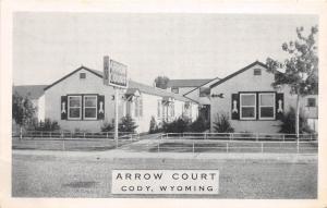 D67/ Cody Wyoming Wy Postcard c1940s Roadside Arrow Court Motel