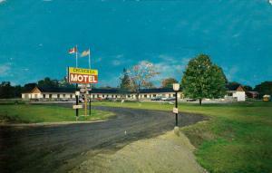 Churchill Motel, GRAVENHURST, Ontario, Canada, 40-60´