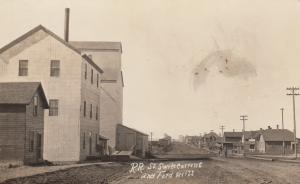 RP: SWIFT CURRENT , Sask., Canada , 00-10s ; RR ST & Ford Mill