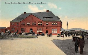 Connecticut Train Postcard Union Station, State Street New London, Conn., USA...