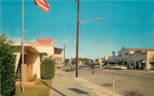 Autos 1960s Zephyrhills Florida 5th Avenue Hotel Beckett postcard 1315
