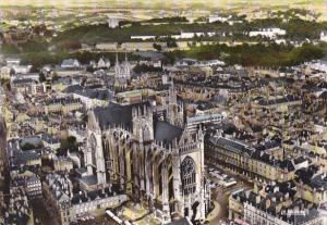 France En avion sur la Cathedrale de Metz