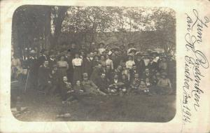 Group picture early 1914 Lots of hats 02.72