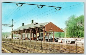Darien Connecticut~NY NH & H Commuter Railroad Train Station~1950s Cars~Postcard
