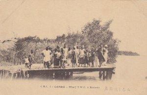 People on wharf/pier - GAMBIE , Pre-1907