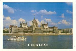 Hungary, Greetings from Budapest, unused Postcard