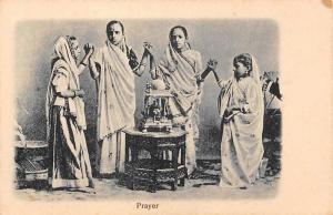 India Childre Praying, Prayer