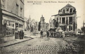 CPA ROYE - Rue St-PIERRE - Ruines de l'Église St-PIERRE (121397)