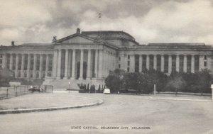 OKLAHOMA CITY, Oklahoma, 1930s; State Capitol