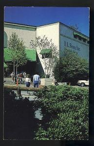 Nice Freeport, Maine/ME Postcard, L.L. Bean Retail Store