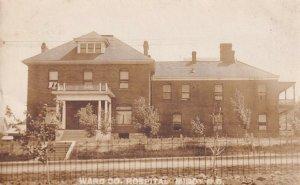 RP: MINOT , North Dakota ,1900-10s ; Hospital