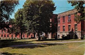 Sabetha Kansas Big Shade Tree in Front~Murdock Memorial Hospital~1950s Postcard