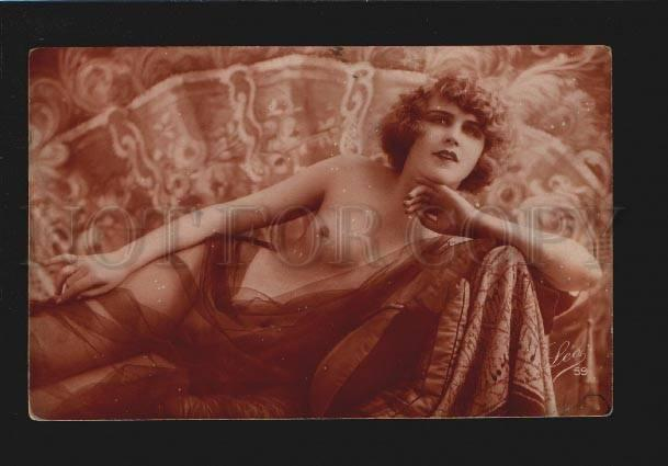 076310 NUDE Lady BELLE on Sofa PHOTO Vintage LEO 59