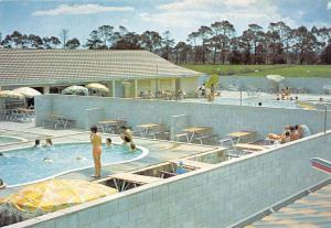 New Zealand Helensville      Rickards Tourist Complex Parakai,