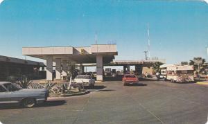 Puerta Mexico, Mexico Door, Reynosa, Tamps, Mexico, PU-40-60s