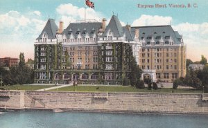 VICTORIA, British Columbia, Canada, 1900-1910s; Empress Hotel