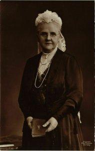 CPA AK H.M.de Koningin DUTCH ROYALTY (784454)