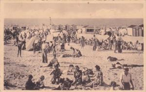 La Plage, Het Strand, De Panne, West Flanders, Belgium, PU-1954