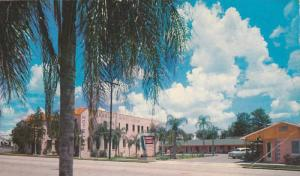 Exterior, Brant Court, Haines City, Florida,  PU_40-60s