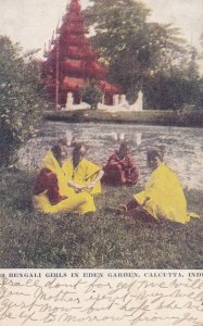 CALCUTTA, India, PU-1907; Bengali Girls In Eden Garden