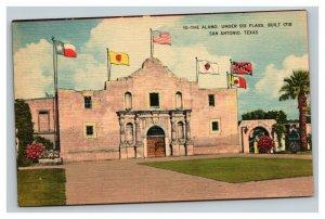 Vintage 1930's Linen Postcard The Alamo Under Six Flags San Antonio Texas
