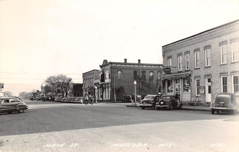 Muscoda WI~Main Street~Jim's Recreation Parlor~Pool~Hamm's Beer~Skelly~1940 RPPC