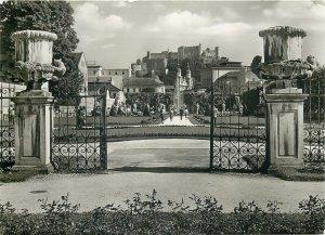 Austria Salzburg Mirabellagarten blick auf die Festung Postcard
