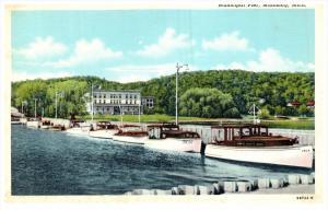 Michigan Munising   Municipal Pier, Cabin Cruisers docked